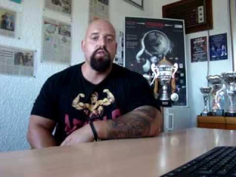 Strogman Tarrako Presentació - YouTube