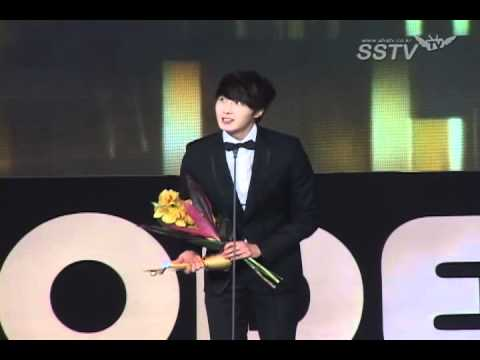 120118 - Jung Il Woo at the 2012 Asia Model Awards