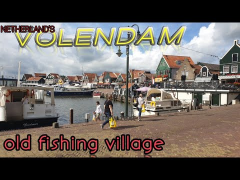 an-old-fishing-village-in-holland