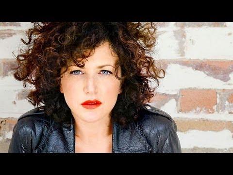 2013.12.06-Annie Mac- Mashup-BBC Radio1-qrip (HQ)