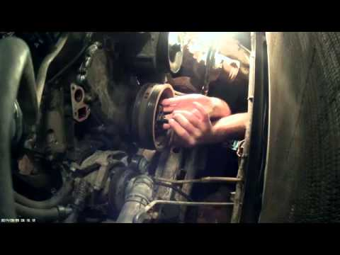 Chevy Vortec Harmonic Balancer Removal - YouTube