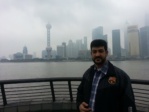 على ضفاف نهر هوانغبو- شنغهاى On  Shanghai Bund
