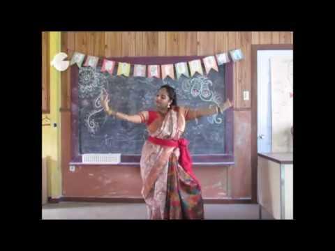 Bajlo tomar alor benu ,বাজল তোমার আলোর বেনু (Dance performed by Sangita)