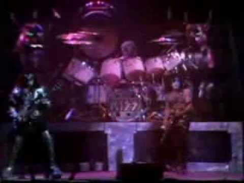 Peter Criss - God of Thunder ( Kiss ) | Drum Solo