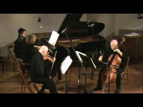 Lior Navok :Trio Mvt 1
