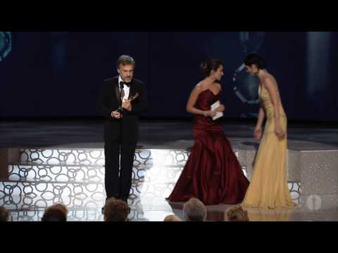 Christoph Waltz Wins Supporting Actor: 2010 Oscars fragman
