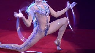 Circus. The gymnast with hoops. Цирк. Гимнастка с обручами.
