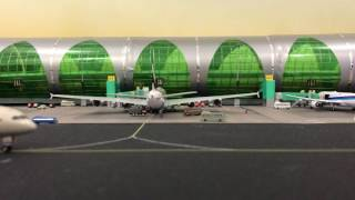 Dubai airport diorama 1/400