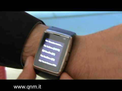 LG GD910 Watch Phone video interview: preview, features