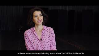 Lisette Oropesa interviewed in 4 languages!