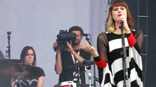 Kate Nash - Mansion song (Sziget 2011)