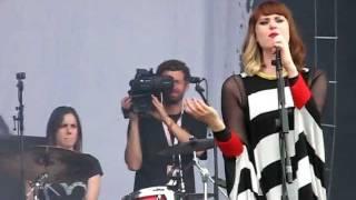 Kate Nash - Mansion song (Sziget 2011)