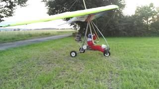 Spontaniczne spotkanie z pilotem motolotni.