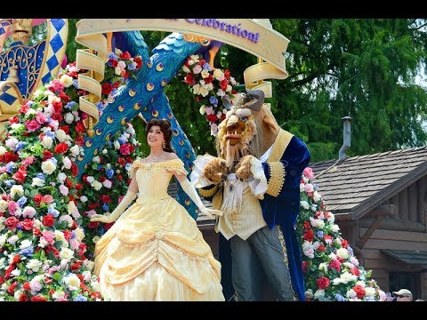 disney-princess-castle-carriage-belle-party-with-beast-festival-of-fantasy-parade
