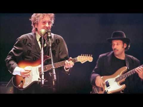 Bob Dylan-Mississippi-Live-Central Point, OR 10-09-2001