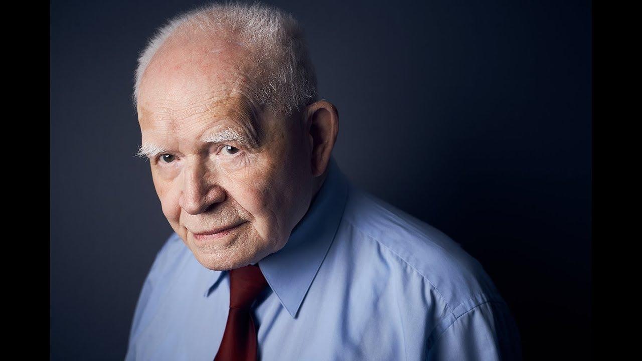 Prof. Strzembosz: W sądach wrócą praktyki sprzed 1989 roku
