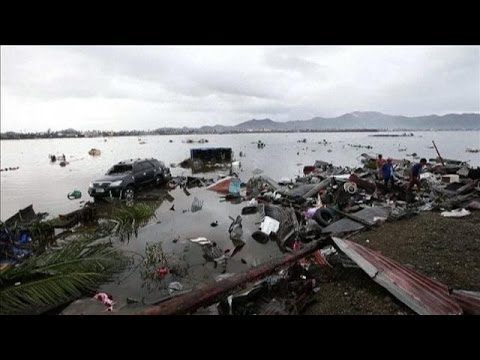 Flooding Prevents Aid From Reaching Typhoon Victims