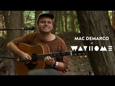 "Mac DeMarco - ""Without Me"" (Wayhome 2016)"