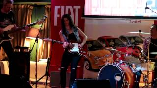 "Susan Santos  ""swing with a sting "" en directo 7-03-2015"