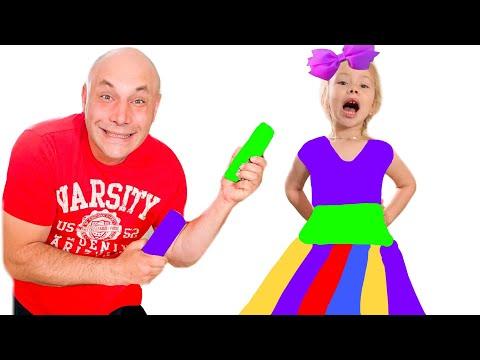 Ника и папа делают сами платья для вечеринки