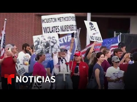 Personal de un hospital rechaza vacuna contra el COVID-19 | Noticias Telemundo