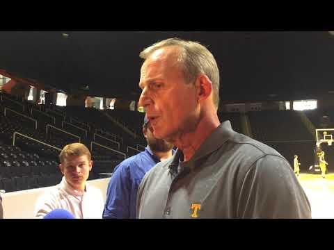 Rick Barnes:  'I like this group of guys'