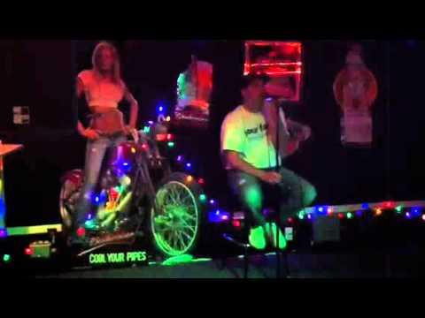 girl-virtual-lapdance-get-blow-woman-rappers