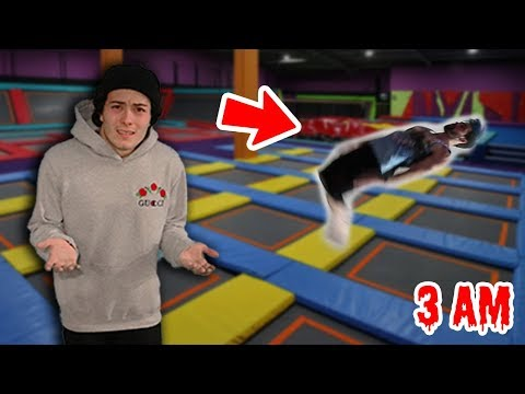 DO NOT GO TRAMPOLINE PARK AT 3AM!! DOING FLIPS AT 3:00 AM!