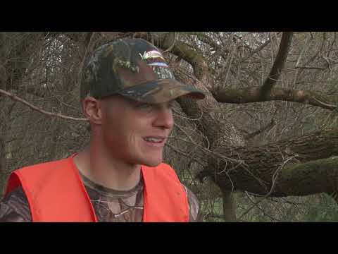 MS Outdoors S28 E06 - Black Prarie WMA Deer Hunt, Hancock Co. Bass Fishing
