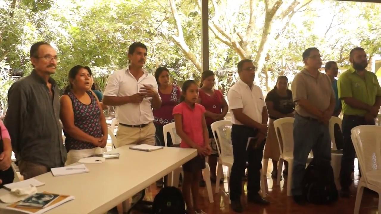 Agricultores de San Julián plantearon sus necesidades a autoridades locales.
