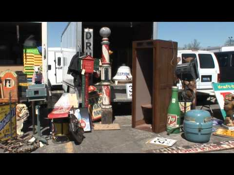 Chicagoland Antique and Jukebox Show-Outside Tour
