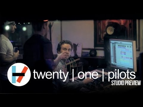 twenty one pilots: Studio Preview
