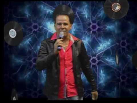 Carlos Jr Canta Seus Sucessos No Programa Só No Vinil Na TV Em