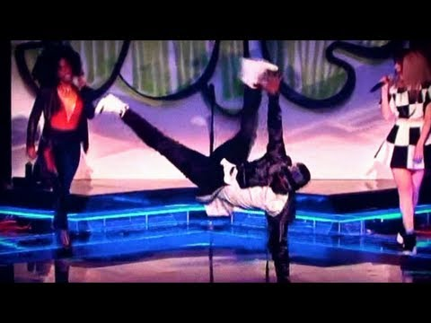 Will.i.am Breakdancing - The Voice UK 2013