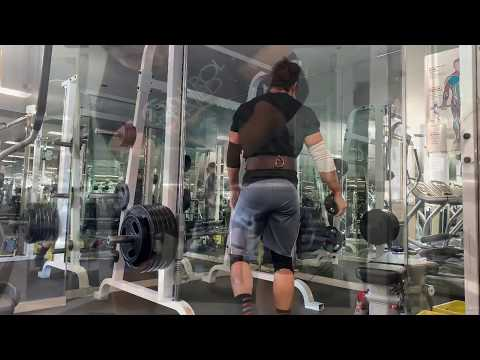 605 lb insane meme zercher on smith machine