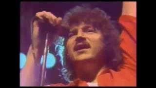 TOTO Hold the line live in Tokyo 1980 on the TOTO Hydra tour. TOTO ...