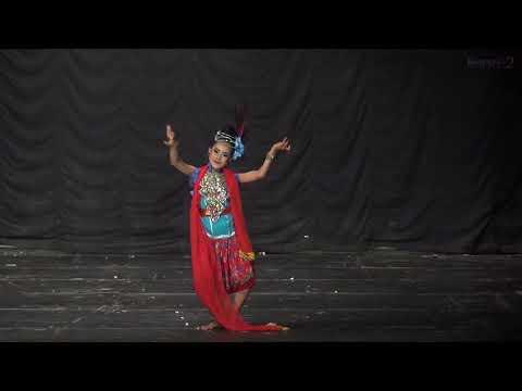tari-ngosit---koreografi-2-fbs-uny