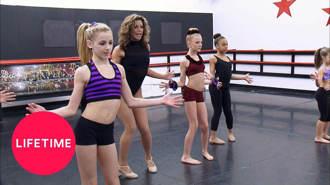 "Download Dance Moms: Dance Digest - ""Golddigga"" (Season 3) | Lifetime"