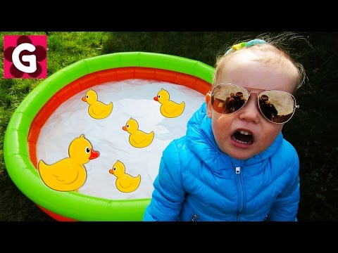 Thumbnail: Little Baby Playing Outside / Five Little Ducks / Baby Nursery Rhymes Song