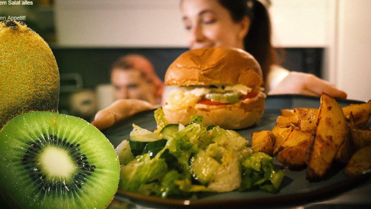 Wir machen Kiwi-Halloumi-Burger