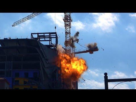 Hard Rock Hotel Collapse - Damaged Tower Crane Lowering – Controlled Demolition, Inc.