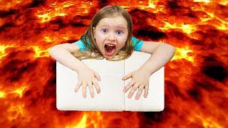 Пол это лава the floor is lava Сборник смешных историй с папой от Милли