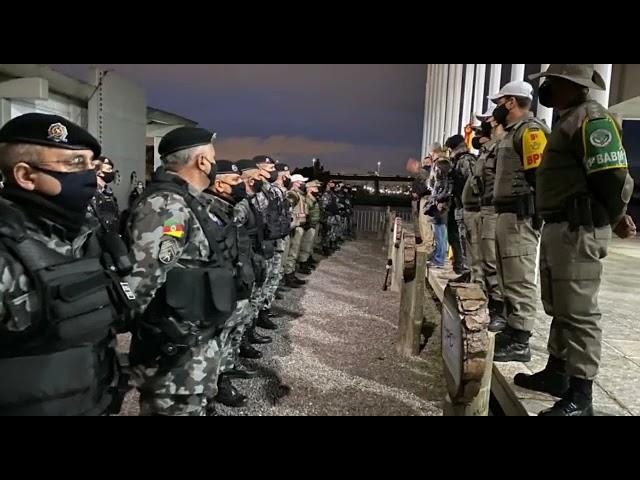 Operação Integrada entre Brigada Militar, Polícia Rodoviária Federal e Polícia Civil nas vias e nas rodovias de acesso e saída ao centro de Porto Alegre, para evitar arremessos de objetos contra os veículos.