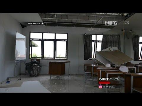 15 Menit, Puting Beliung Terjang Rumah & Kampus STPMD APMD - NET YOGYA
