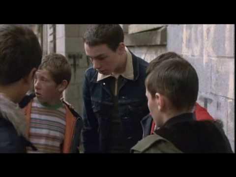 British Film - Ratcatcher (1999) Clip 2