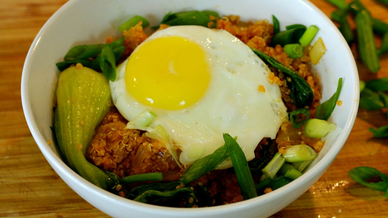 """Kimchi Fried Quinoa   (Kimchi Fried """"Rice"""")"""