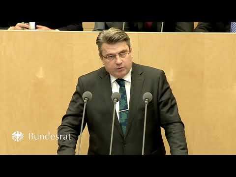 Staatsminister Prof. Dr. Bausback im Bundesrat zur Aussetzung des Familiennachzugs - Bayern