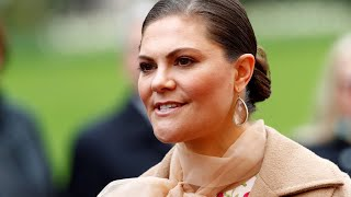 Swedish crown princess Victoria 'groped' by French photographer at Nobel academy