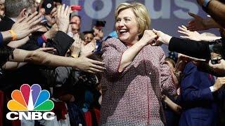 Hillary Clinton Wears $12K Armani Jacket For Income Inequality Speech: Bottom Line | CNBC