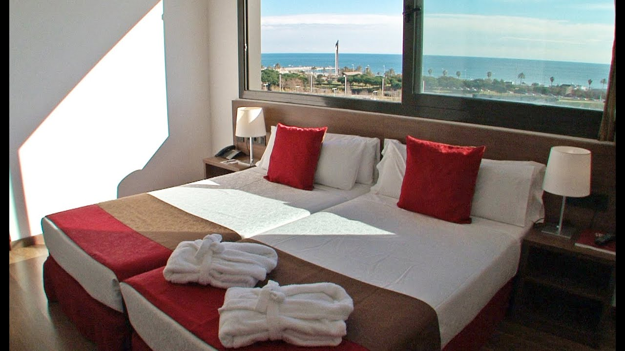 Hotel 4 barcelona best hotels cities en la playa for Hotel minimalista barcelona